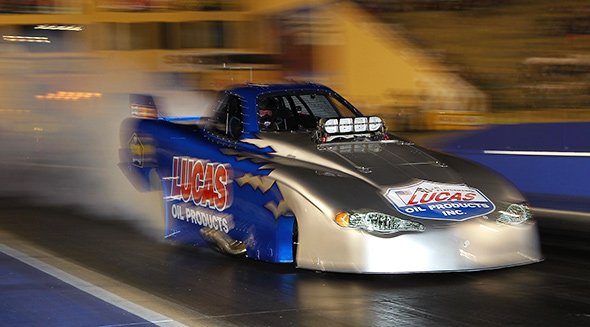Gary Phillips hails Lucas Oil Products ahead of all-important Winternationals.