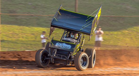 Jamie Veal gunning for fifth straight win and $10,000 Sprintcar Jackpot